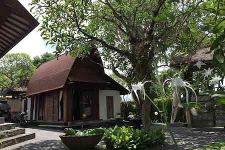 Private beach front villa, room 3 - Gianyar