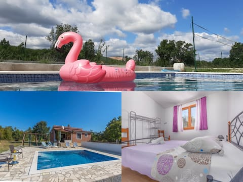 Holiday house Vlastelica/full privacy/private pool