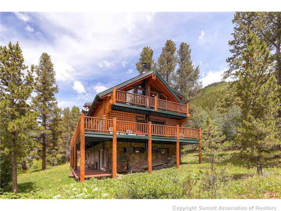 Log cabin mountains mins from breck cabins for rent in for Log cabin blue mountains