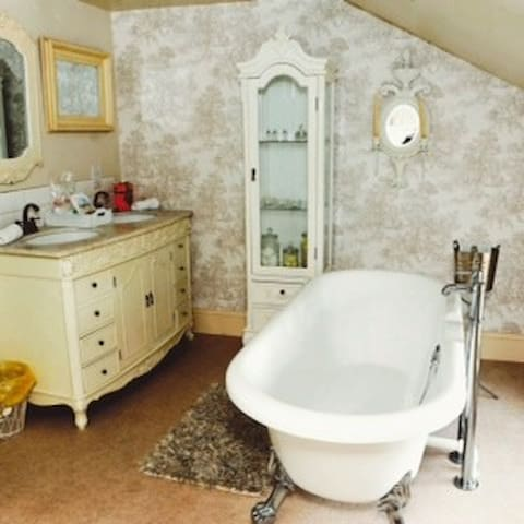 LILLYS PAD BED And BREAKFAST - Keelby