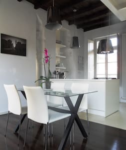 Loft design in the historic heart - Turin