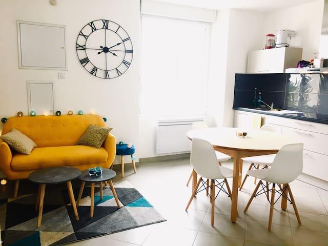 Appartement calme et lumineux avec jardin