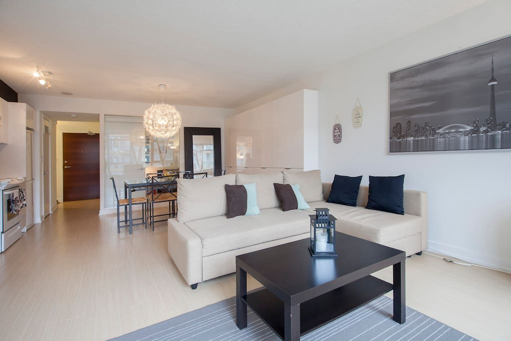 Spacious 2bd 2wr condo downtown t o apartments for rent for Best private dining rooms downtown toronto