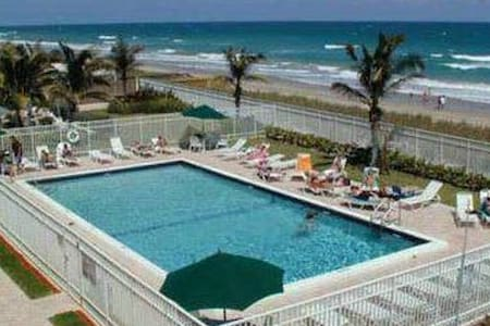 BEAUTIFUL ISLAND CONDO 2 - Jensen Beach