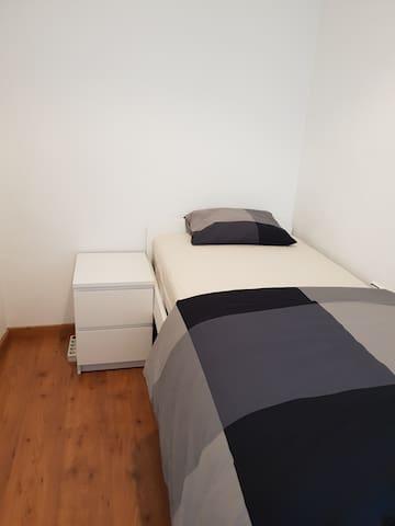 Santa Coloma De Gramenet Apartment