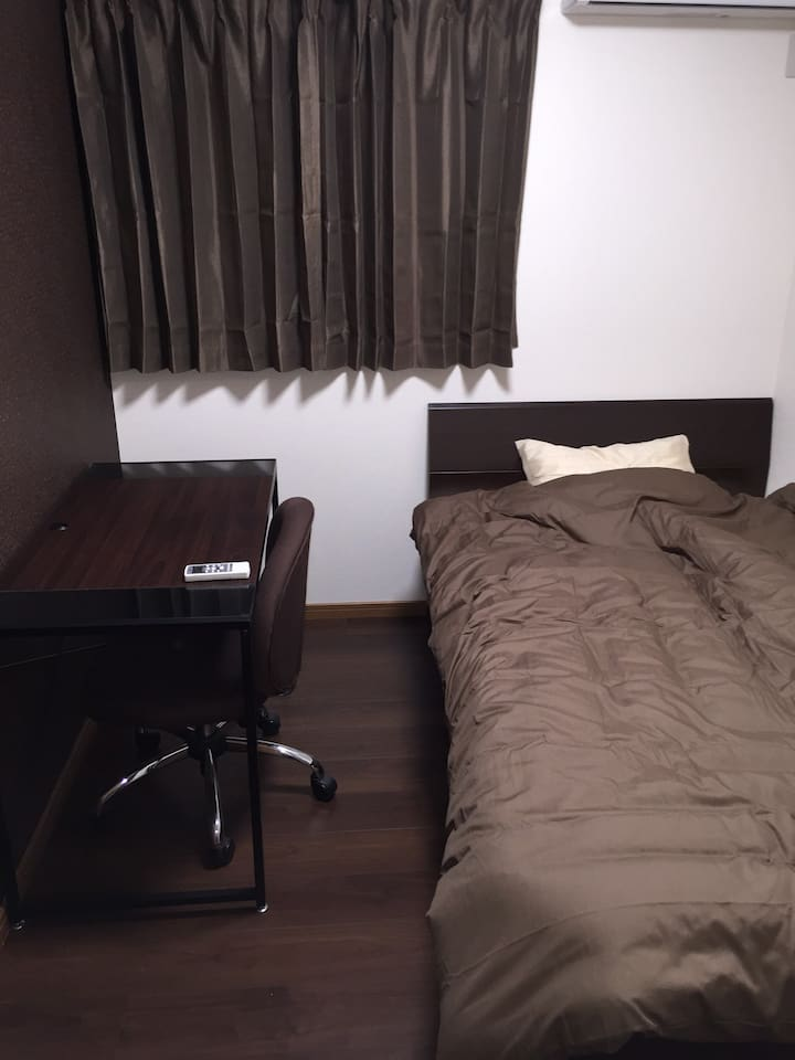 Semi-double Bed Room