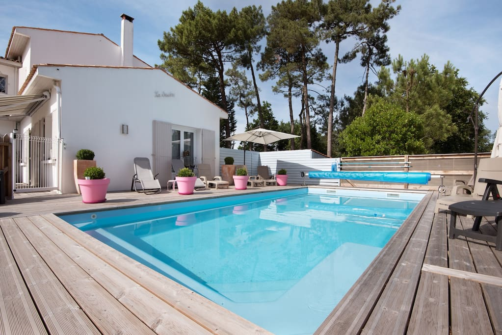 Villa la seudre coquillages chambres d 39 h tes louer for Coquillage piscine