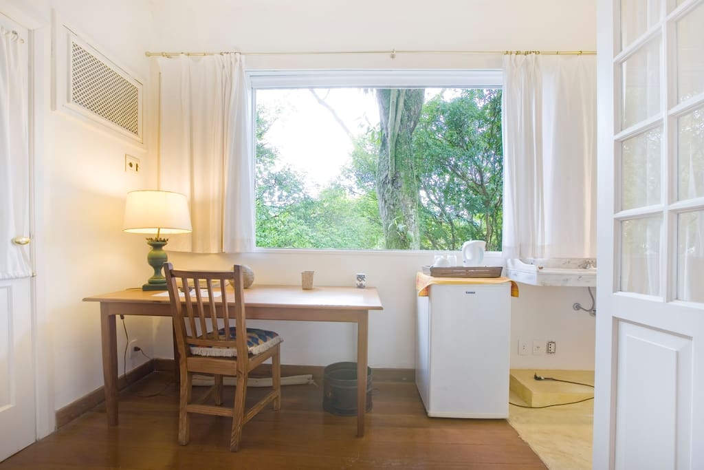 CHARMING STUDIO WITH GREAT VIEWS