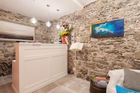 La Linea d'Acqua 1 Guest House - Manarola