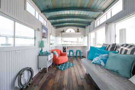 A Pirate's Life For Me - Houseboat! - Charleston - Kapal