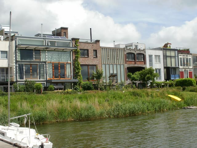 Familyhome on the waterfront - Amsterdam - Hus