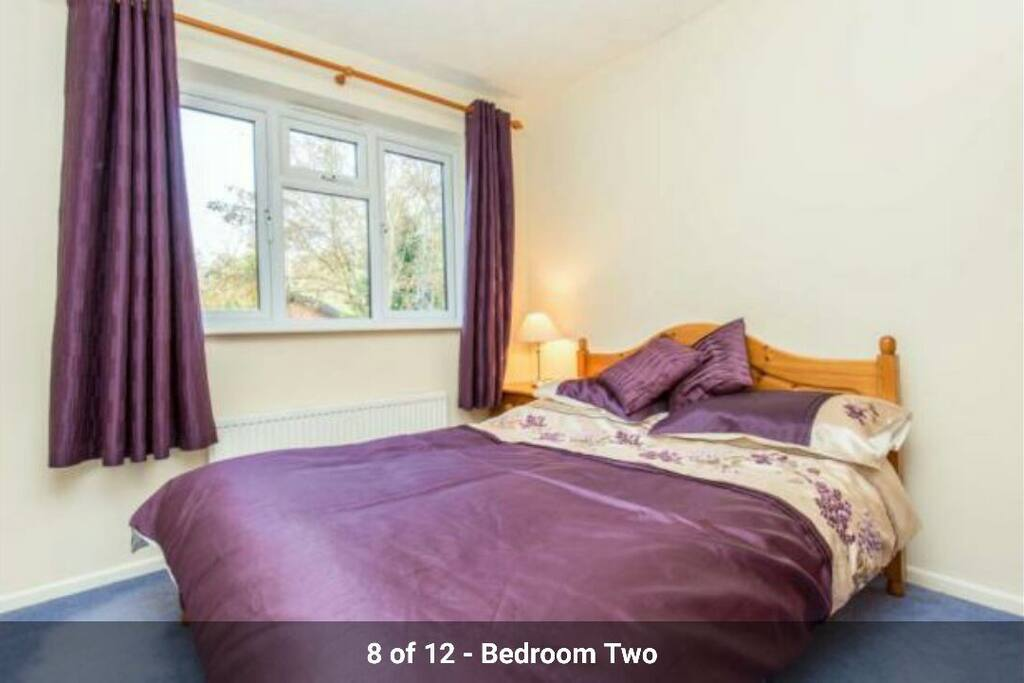 1 Double Bedroom