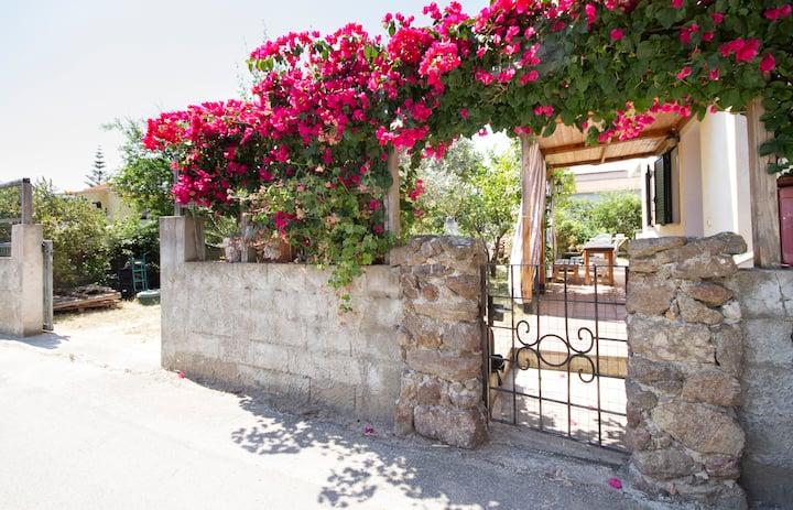 Villetta 1km mare con giardino