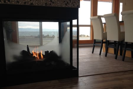 Shelter Bay Guesthome 1 - Campbell River