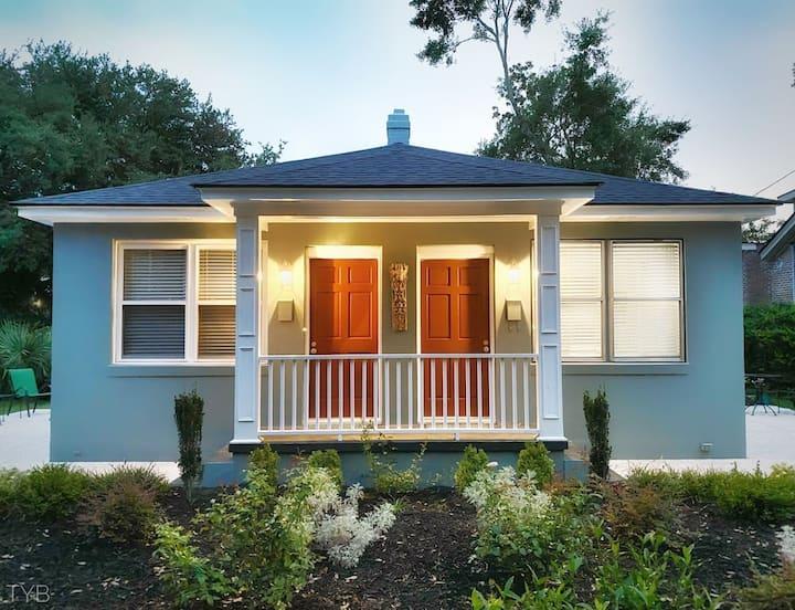 Artistic Retreat Villa -Perfect Spot in Charleston