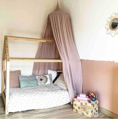 Chambre enfant (lit 90x160)