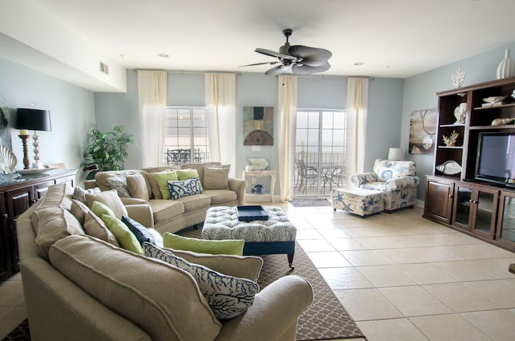 Beautifully Decorated Condo ~ 2 Master Suites ~ Ocean View ~ Luxury Villa - North Myrtle Beach - Apartment