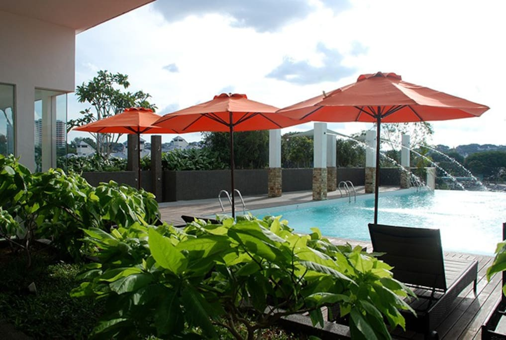 Swimming pool overlooking picturesque scenery of Kuala Lumpur