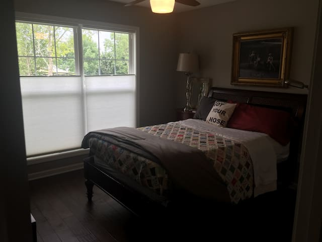 Two full-sized beds ready for DERBY! - Simpsonville - Ev
