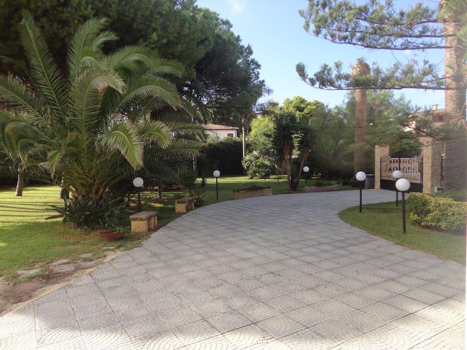 entrance and rear garden