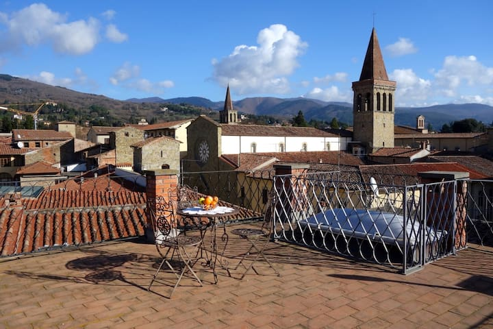Sleeping in a 13th. Century Tower - Sansepolcro - Apartmen
