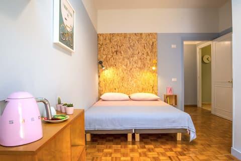 Comfortable Double Room near Trastevere