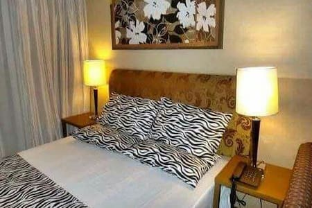 Private Unit at One Tagaytay Place - Bo. Sungay West - Bed & Breakfast