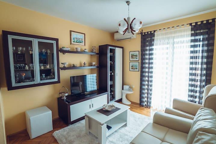 Apartman Ivica 1 - Imotski