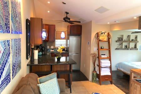 Kailua Luxury Suite Getaway