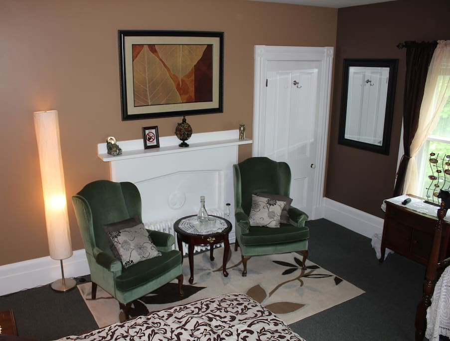 Seating area and closet