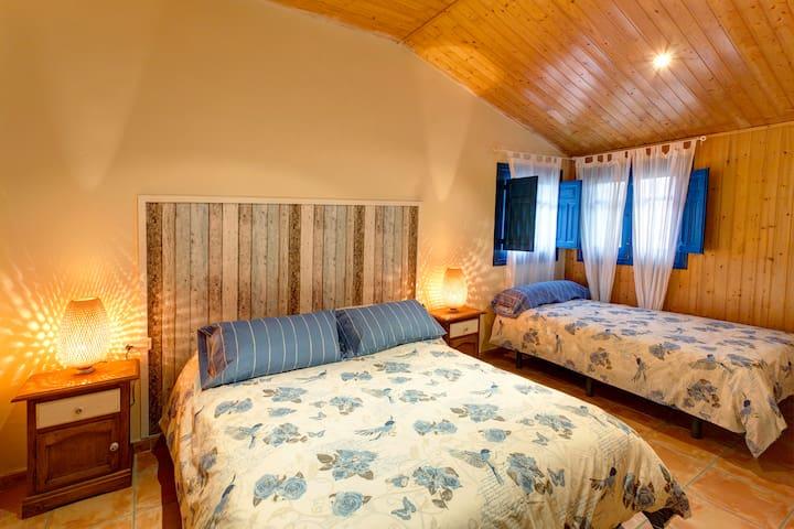 Casa independiente con jacuzzi y agua termal - Santa Fe - Hus