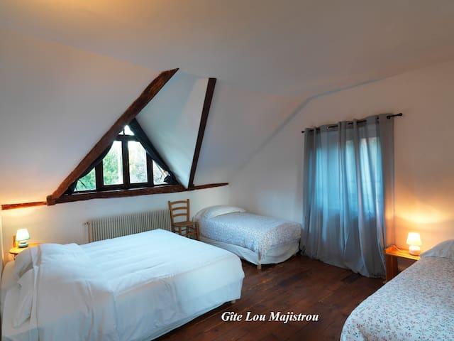 Gîte Lou Majistrau - Saint-Girons - House