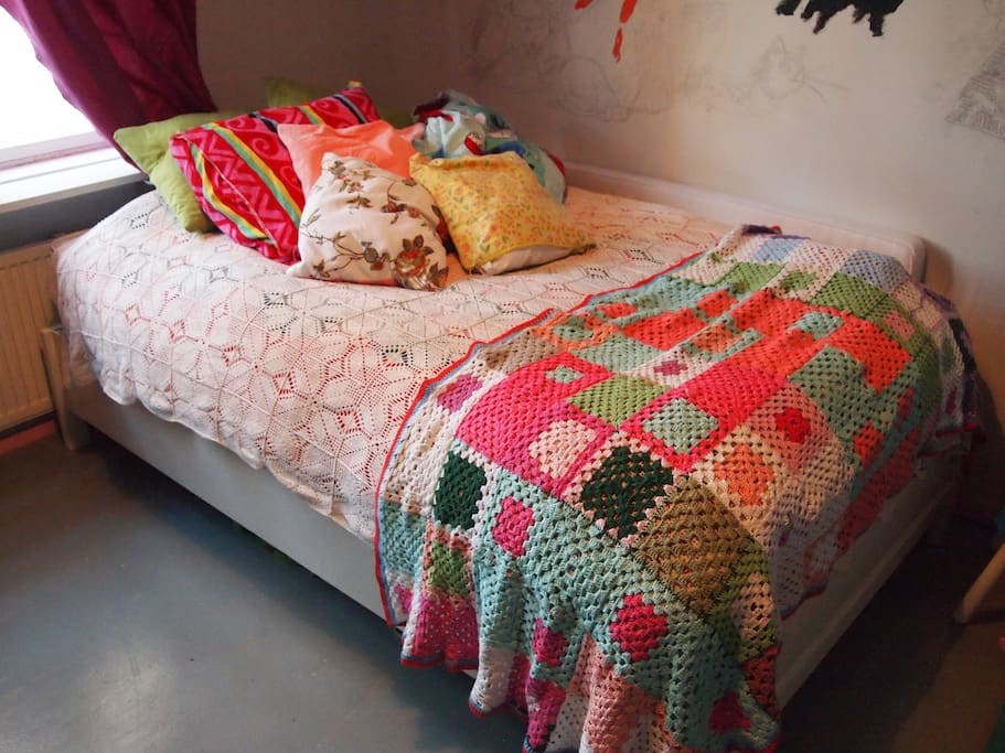 Double bed in your use. There is also a possibilty for extra mattresses.