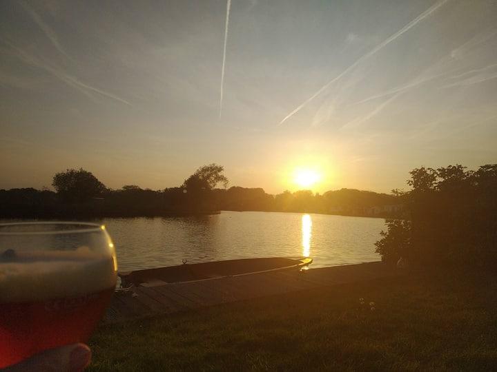 Huisje om te vissen en relaxen in Loosdrecht