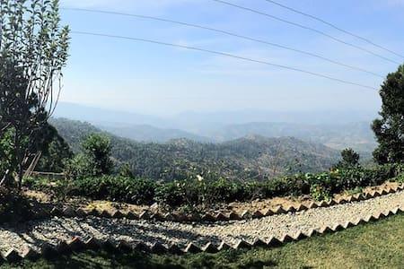Whispering Valley - Majkhali - Oda + Kahvaltı