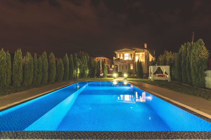 Enjoy the magic of your private outdoor pool