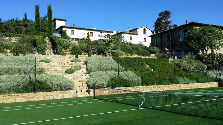 Chianti Heritage villa with pool, tennis, catered
