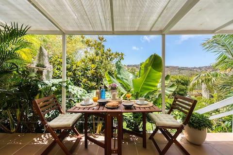Rural 2BR loft, garden & views, next to Las Palmas