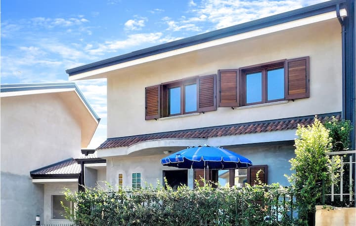 Nice home in Soverato with WiFi and 3 Bedrooms