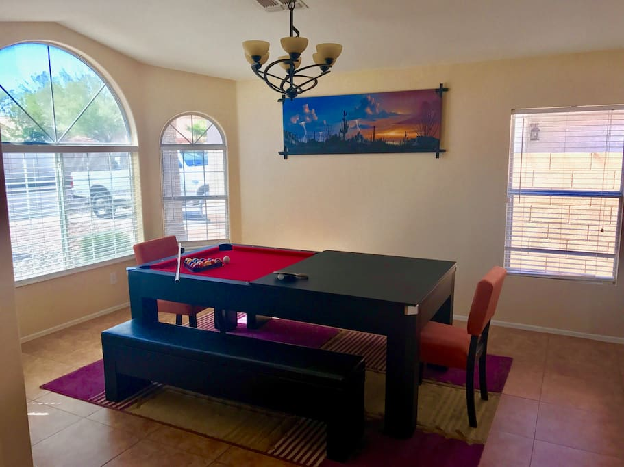 Dining/game table
