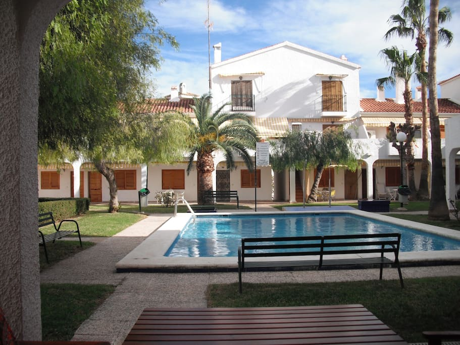 Beachfront Bungalow With Swimming Pool Bungalows For Rent In Santa Pola Comunidad Valenciana