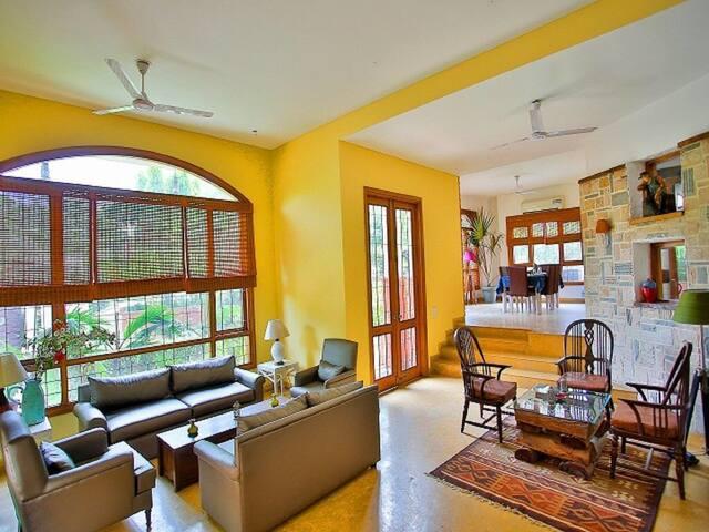 4 BR Antique Duplex Villa -Diwali n House Party !!