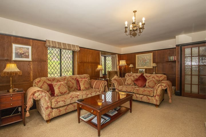 The Pack Horse, Bridge View suite, Somerset