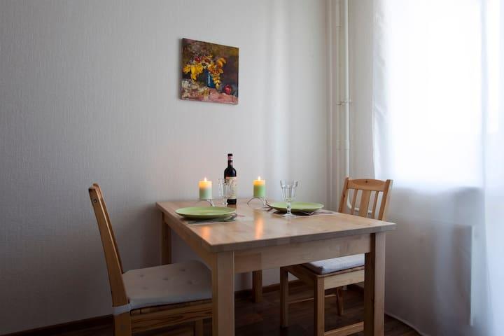 ❤ 1 комнатная квартира в новом доме у м. Звездная - Sankt-Peterburg - Appartement