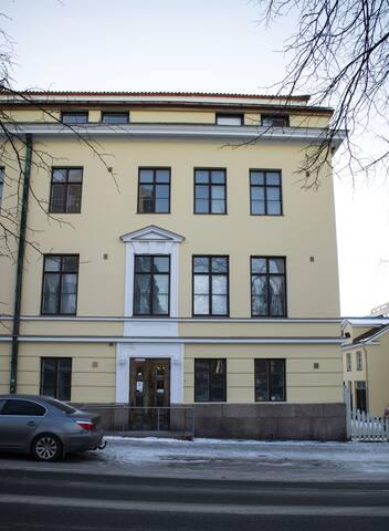 Studio apartment in Vaasa, Kirkkopuistikko 4