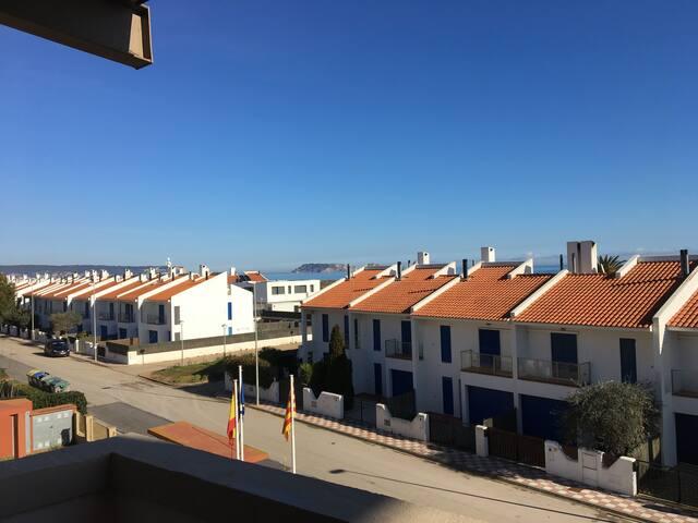 Apartamento playa Pals c/piscina comunitaria 6B