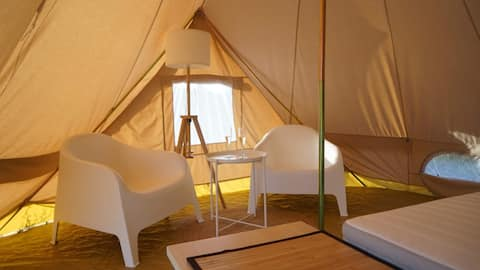 Glamping in the vineyard with sea and mt view