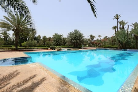 Amazing Flat in the Palm Grove with Swimming Pool - Ouahat Sidi Brahim - Apartment