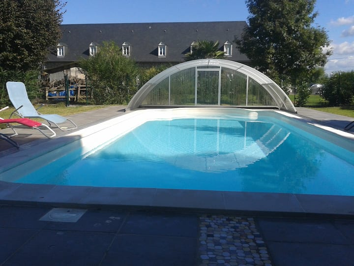 La Grange des Tilleuls, gîte avec  piscine