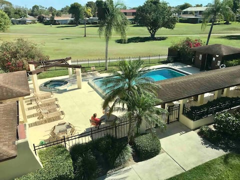 Pool, golf and tennis